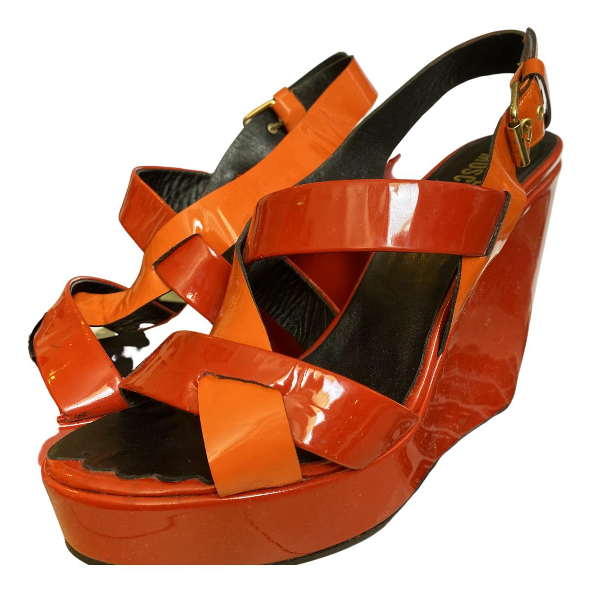 Moschino Love \N Sandalen in  Orange Lackleder