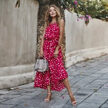 Kleid mit Punkten Muster, Raffungsaum und Guertel