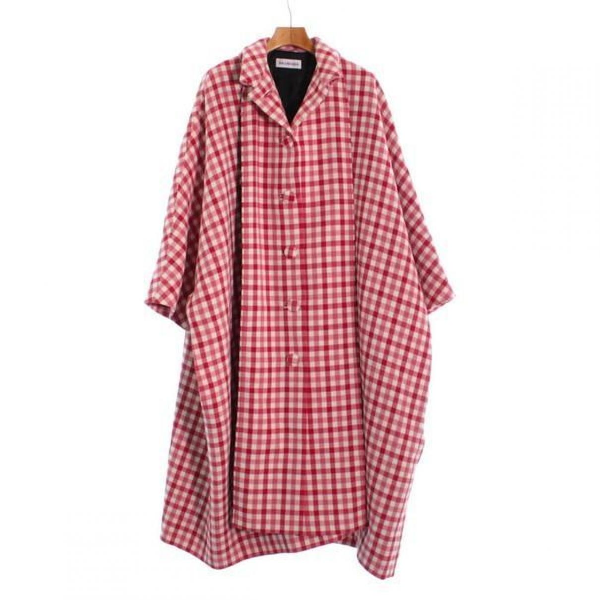 Balenciaga \N Maentel in  Rot Wolle