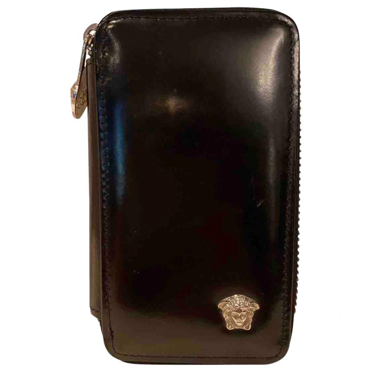 Gianni Versace \N Kleinlederwaren in  Schwarz Leder