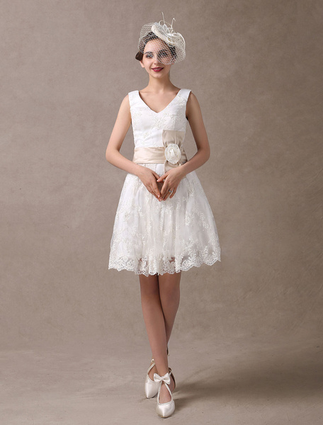 Milanoo Knee-Length White A-Line Wedding Dress with Flowers
