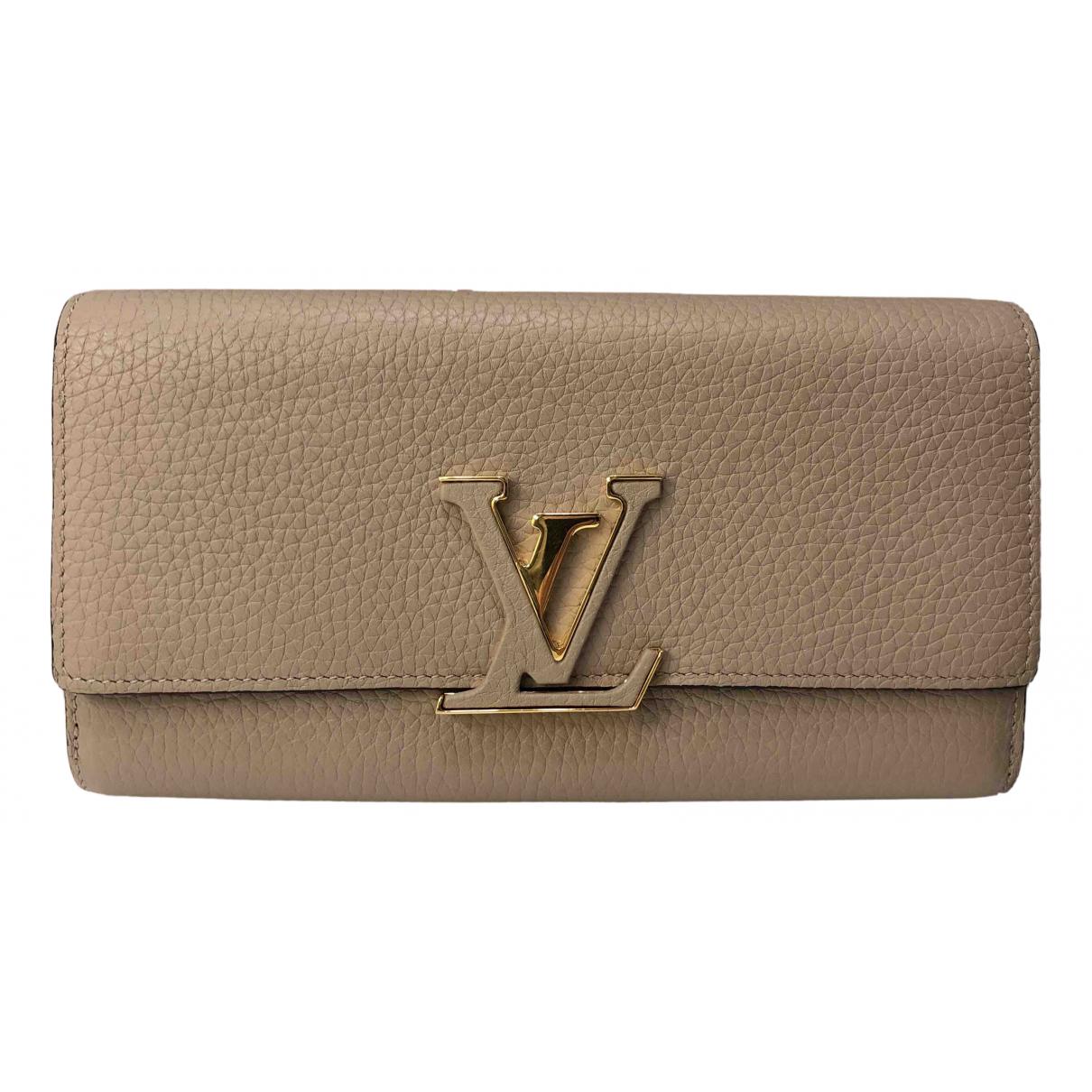 Louis Vuitton Capucines Beige Leather wallet for Women \N