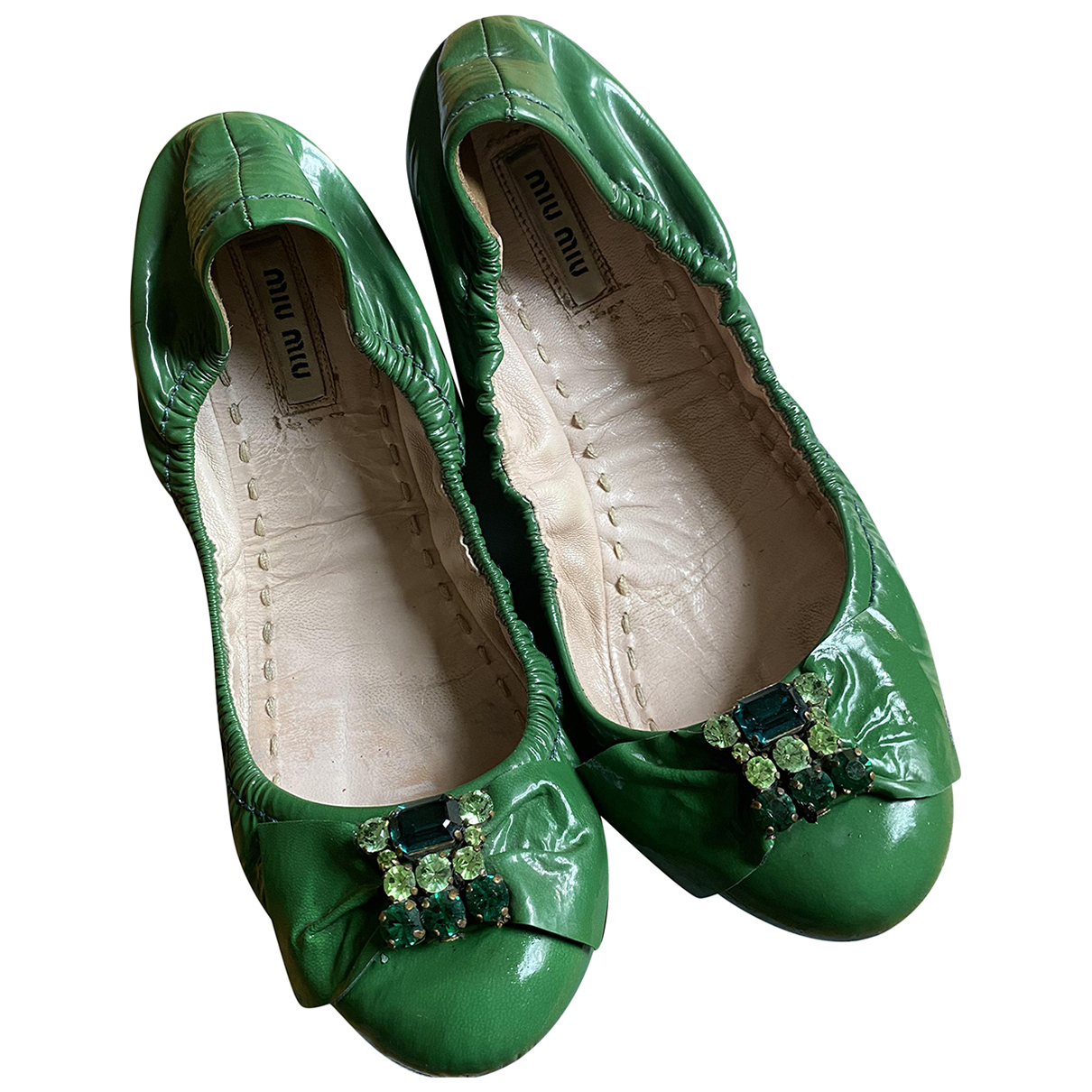 Miu Miu \N Ballerinas in  Gruen Lackleder