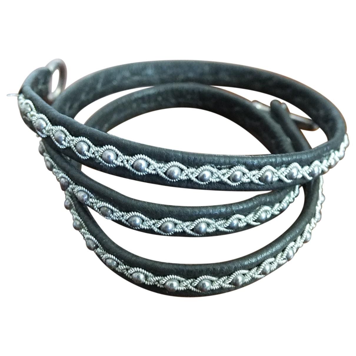 - Bracelet   pour femme en perles - noir