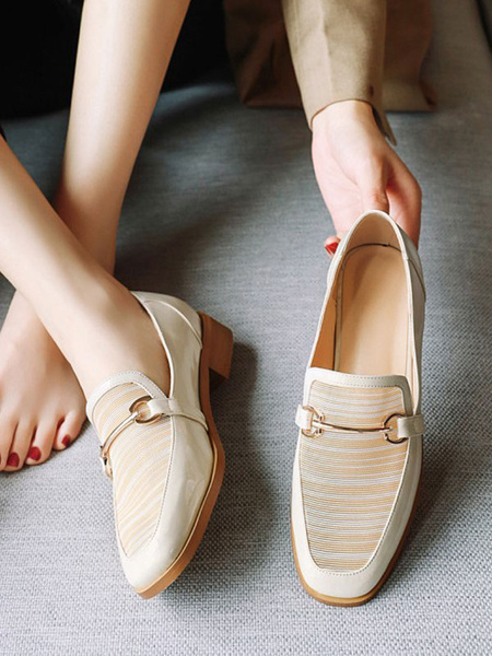 Milanoo Ecru White PU Leather Loafers Square Toe Metal Details Casual Shoes Women\'s Shoes