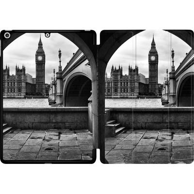 Apple iPad 9.7 (2017) Tablet Smart Case - Houses Of Parliament von Ronya Galka