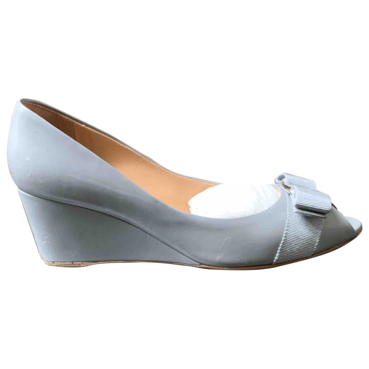 Salvatore Ferragamo \N Grey Leather Heels for Women 7.5 US