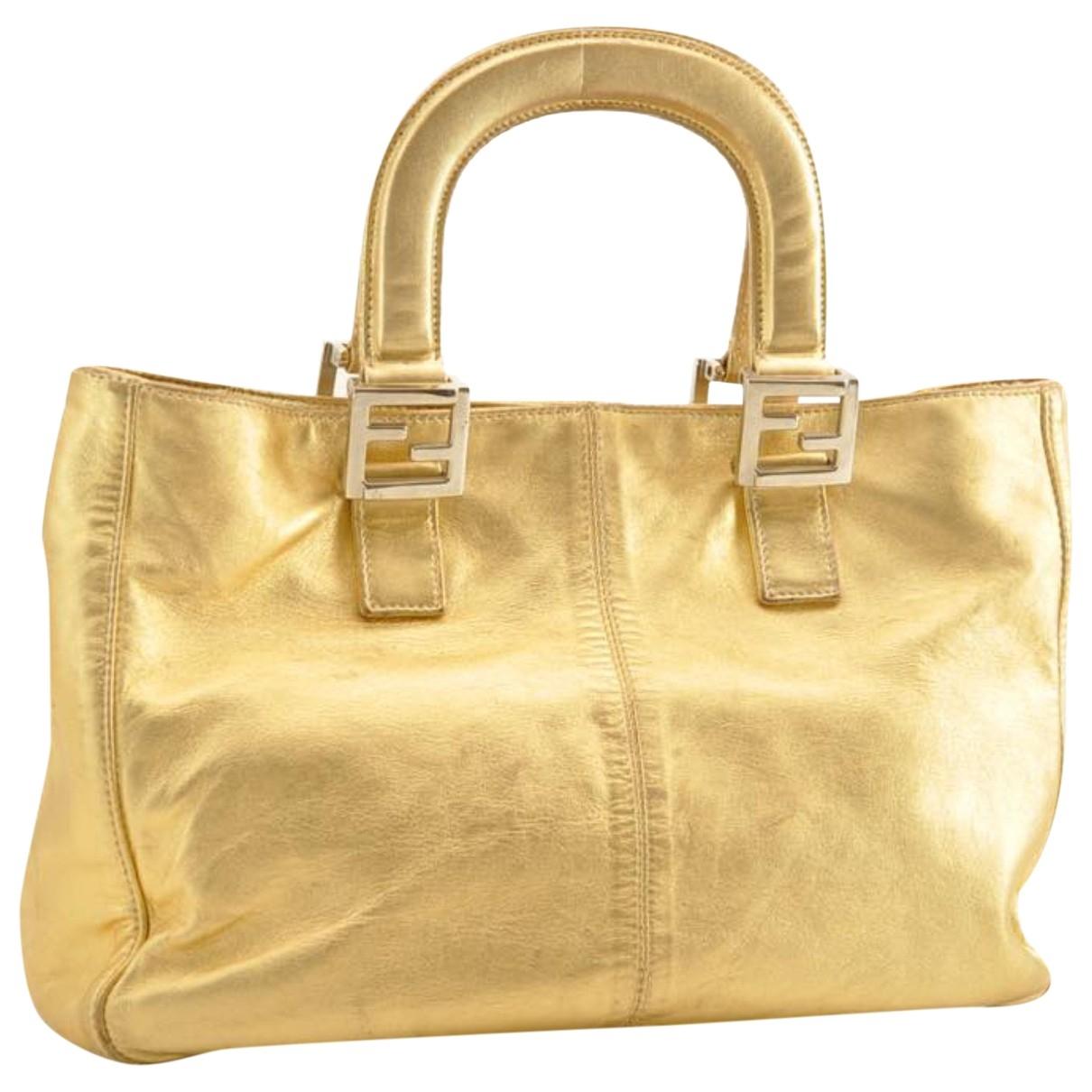 Fendi \N Handtasche in  Gold Leder