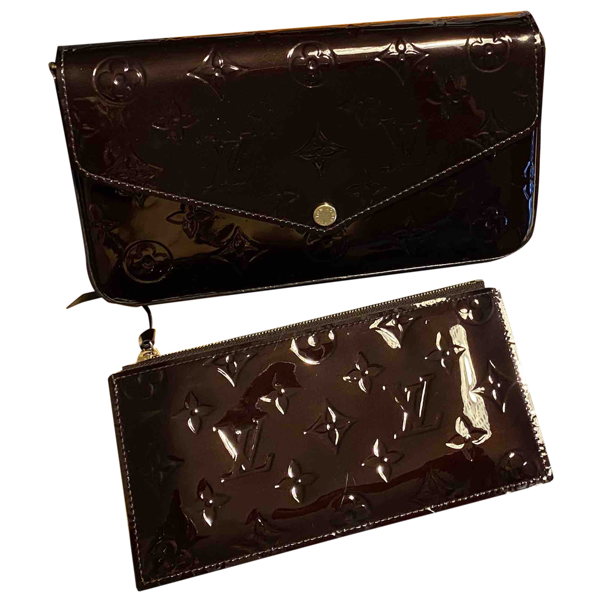 Louis Vuitton Felicie Clutch in  Lila Lackleder