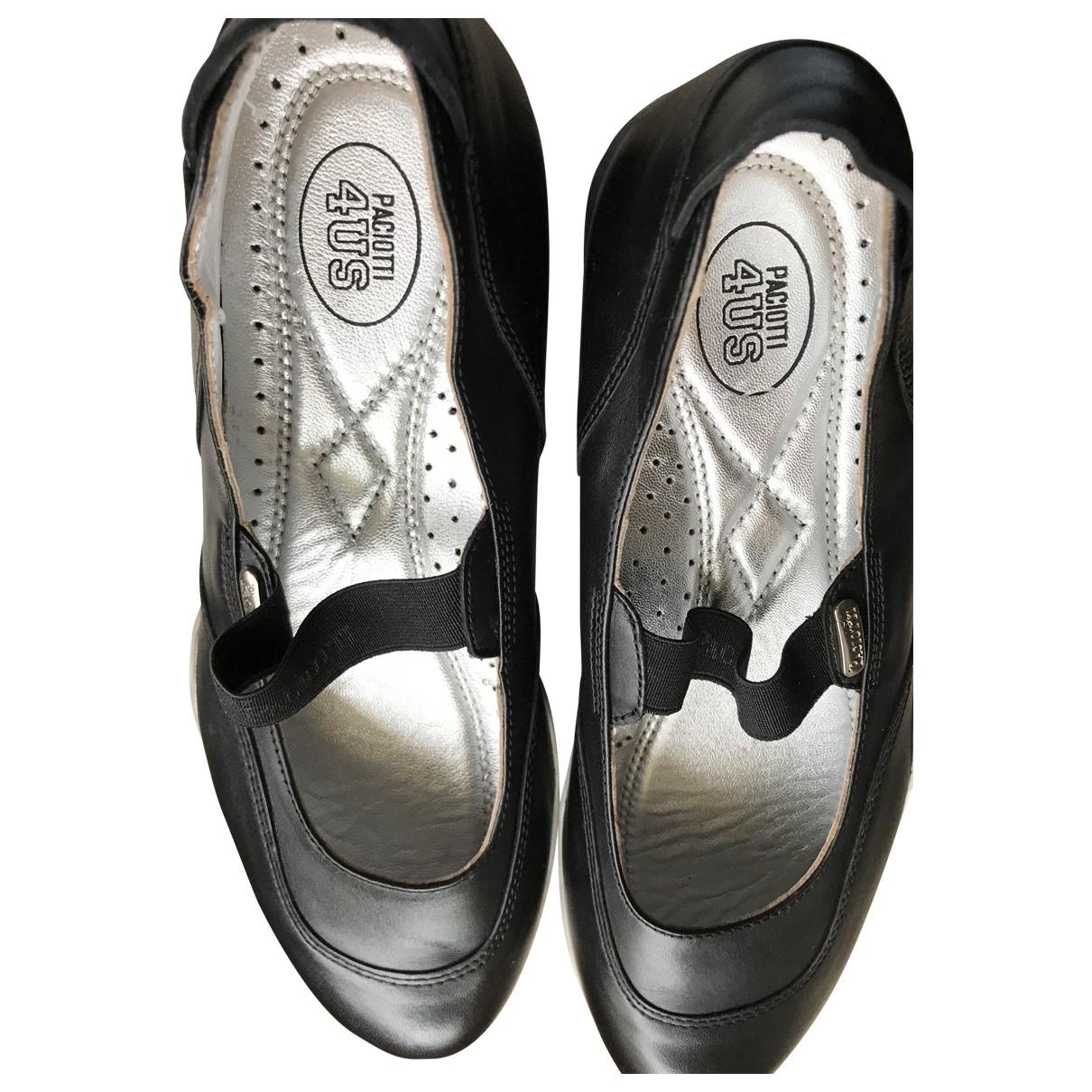 Cesare Paciotti \N Black Leather Flats for Women 40 EU
