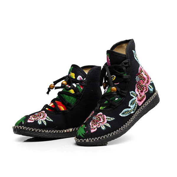 Embroidered Flower Cloth Soft Sole Lace Up Vintage Ankle Boots