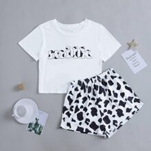 Conjunto de pijama con estampado de letra y vaca