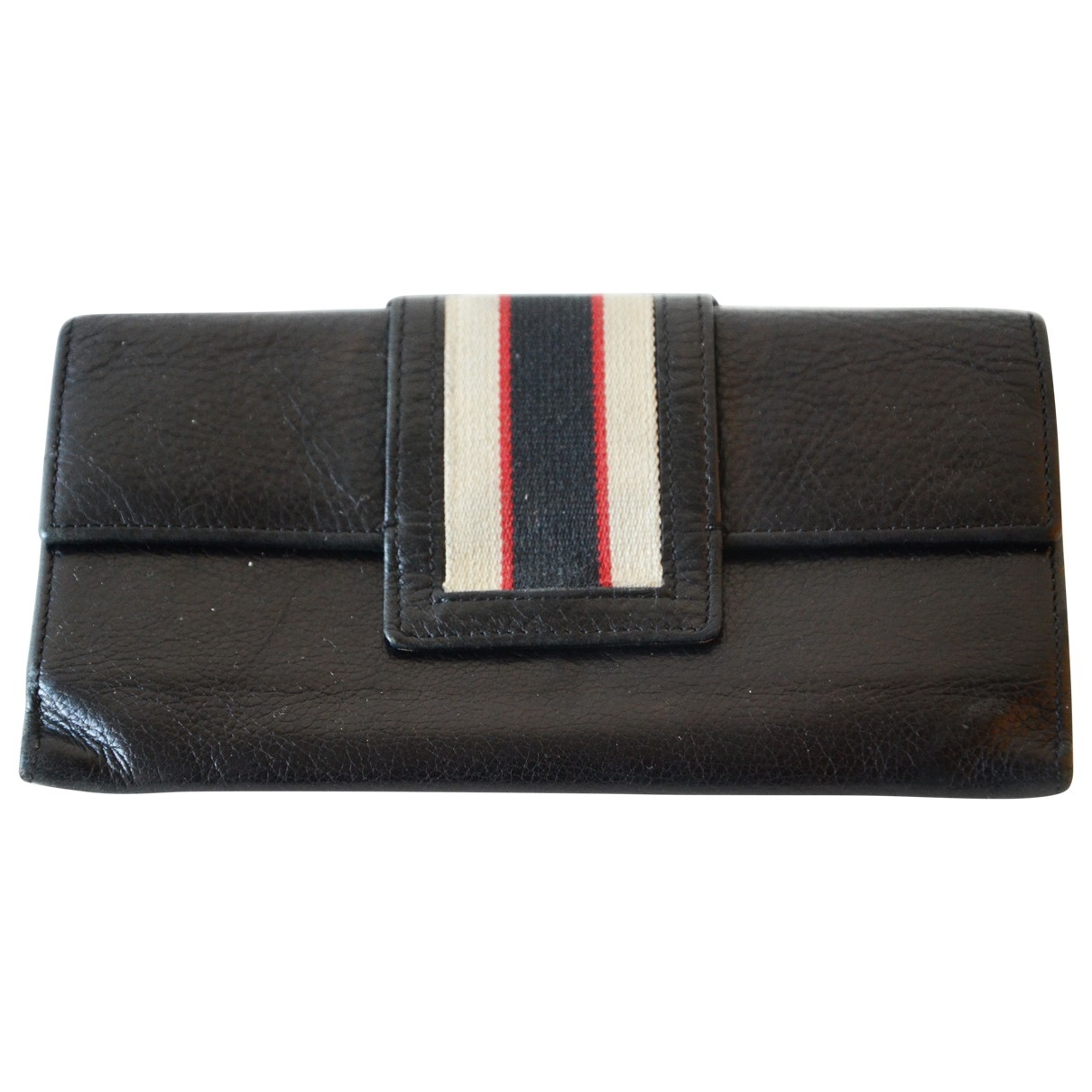 Non Signé / Unsigned \N Black Patent leather wallet for Women \N