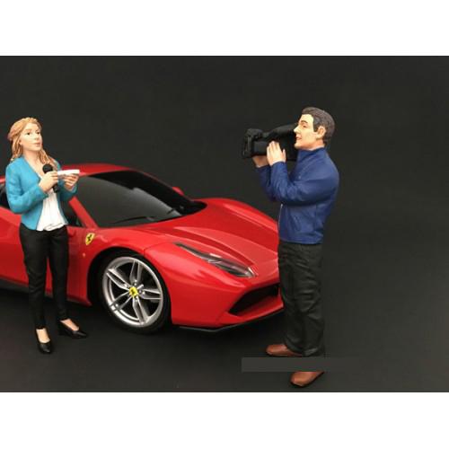 Camera Man Figurine I Camera Crew for 1/18 Scale Models by American Diorama