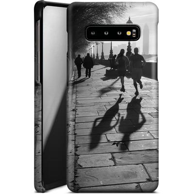 Samsung Galaxy S10 Plus Smartphone Huelle - Walk If You Must von Ronya Galka