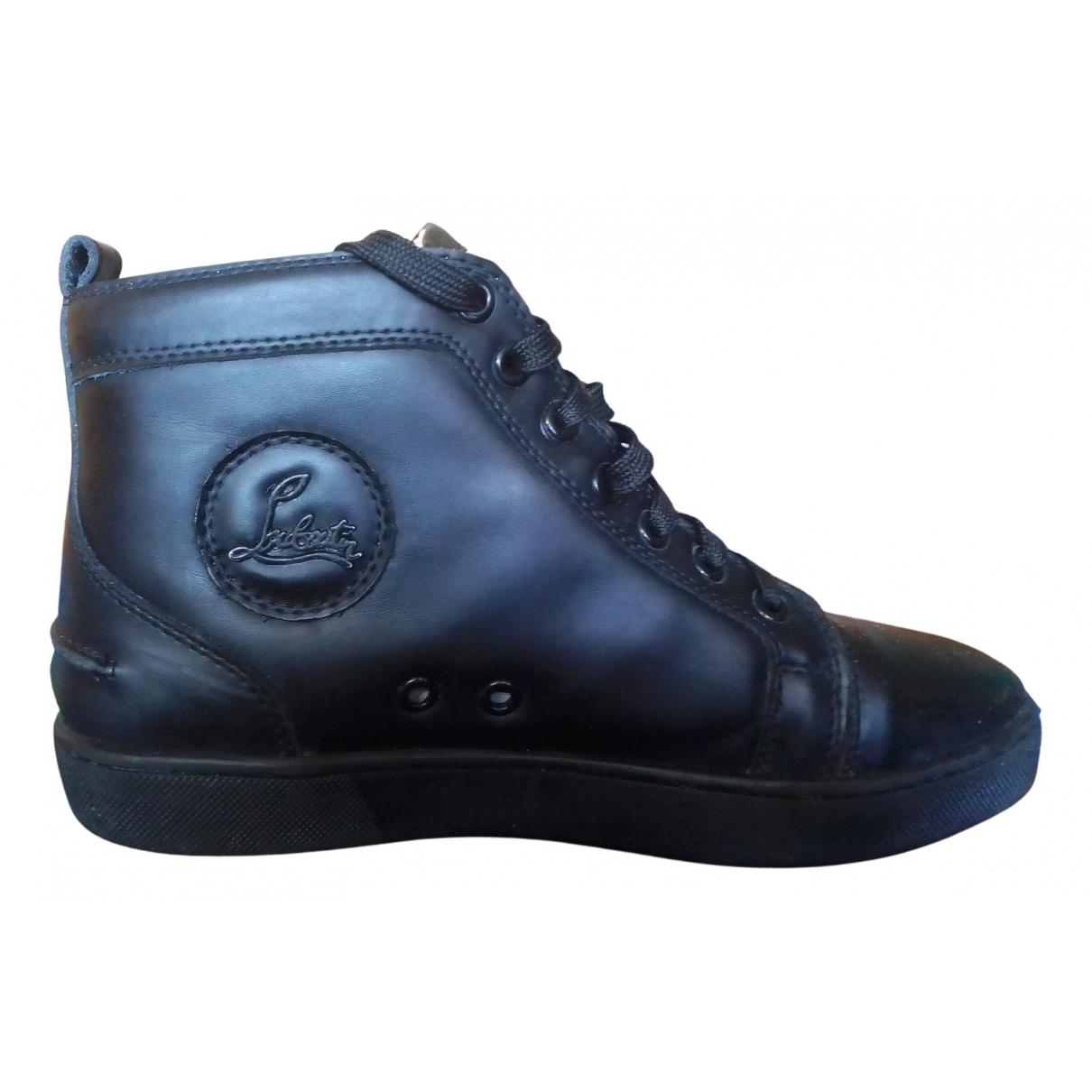 Christian Louboutin \N Sneakers in  Schwarz Lackleder