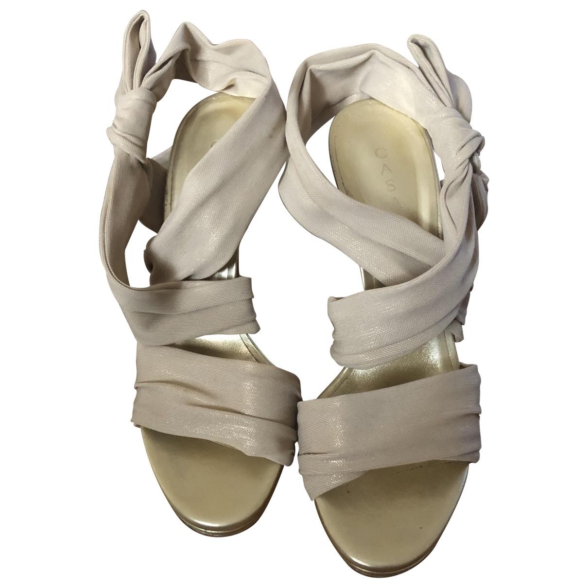 Casadei - Sandales   pour femme en toile - dore