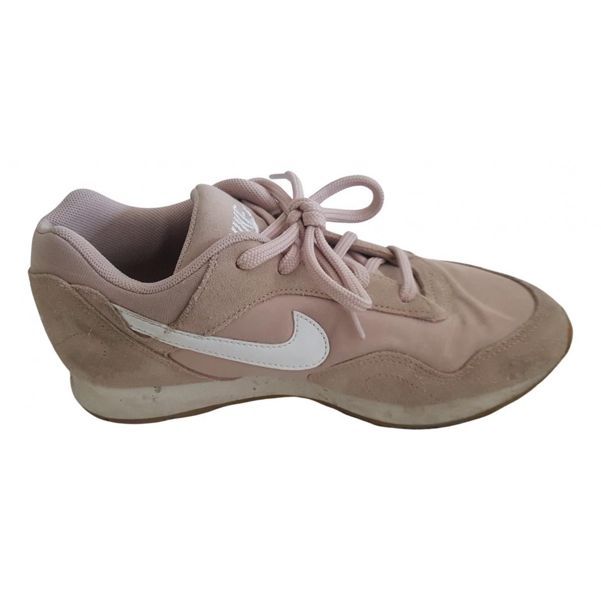 Nike \N Sneakers in  Beige Leder