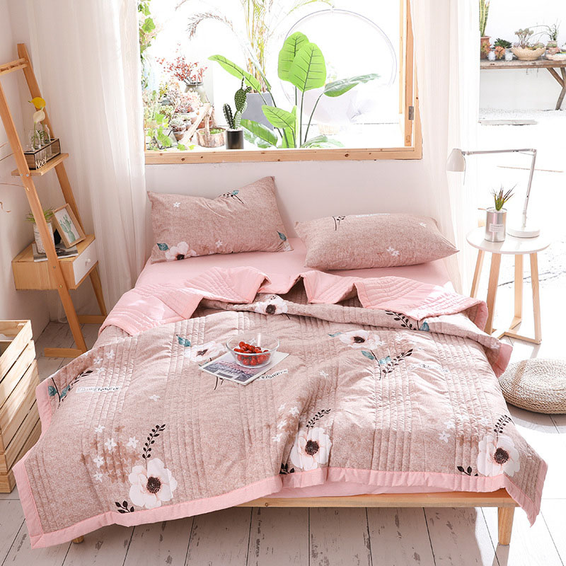 Pink Floral Air Conditioner Quilt Summer Cool Quilt Thin Quilt Spring and Autumn Blanket