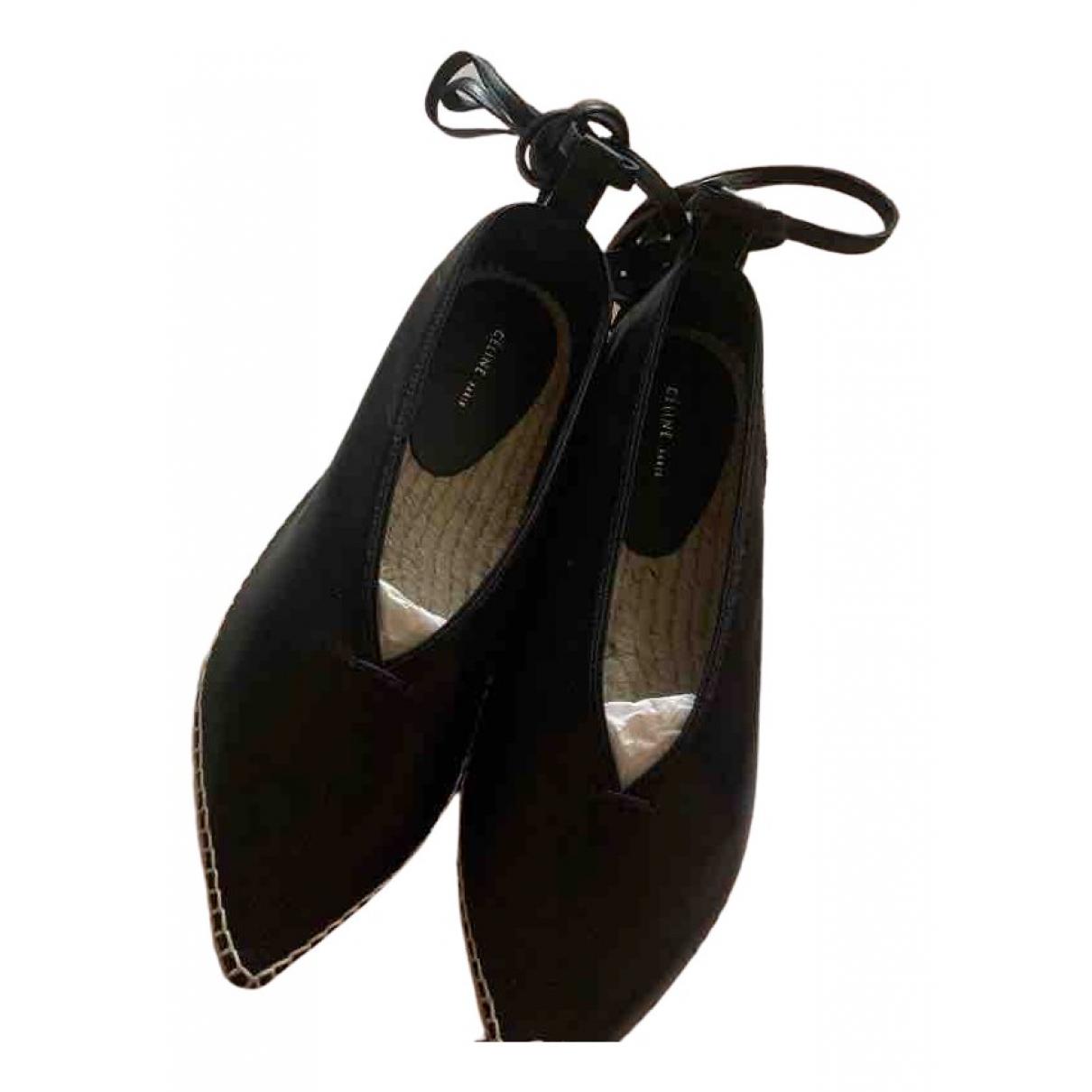 Celine \N Ballerinas in  Schwarz Leder