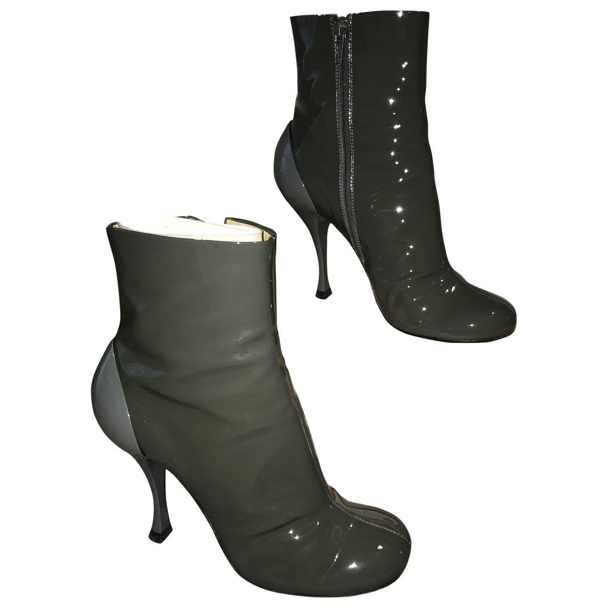 Miu Miu - Boots   pour femme en cuir verni - gris