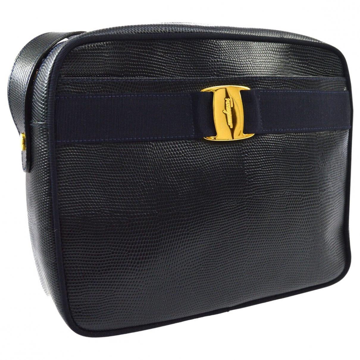 Salvatore Ferragamo Vara Black Leather handbag for Women \N