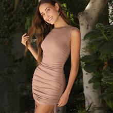 Figurbetontes Kleid mit seitlichem Kordelzug