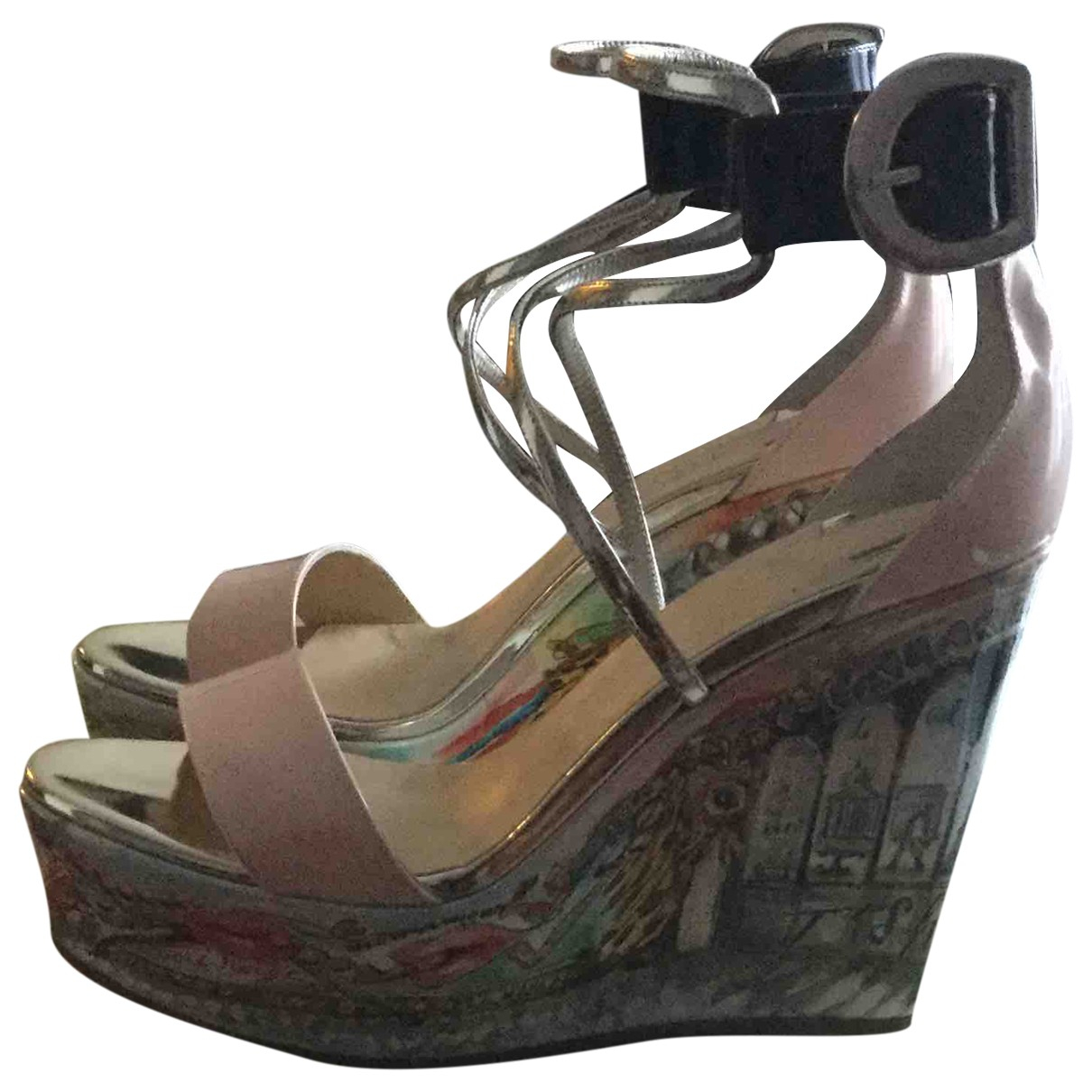 Christian Louboutin N Metallic Patent leather Sandals for Women 39 EU