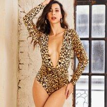 Body mit Leopard Muster, tiefem Kragen und Knoten vorn