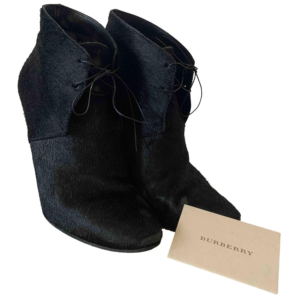 Burberry - Boots   pour femme en fourrure - noir