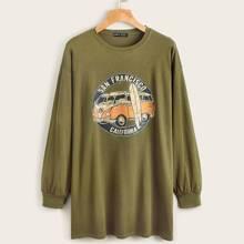 Pullover mit sehr tief angesetzter Schulterpartie, Buchstaben & Auto Muster