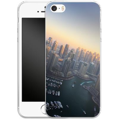 Apple iPhone SE Silikon Handyhuelle - Dubai Skyline von Omid Scheybani