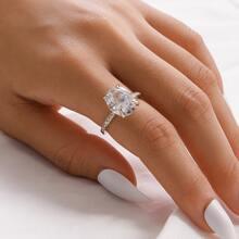 Anillo con diseño de diamante de imitacion con joya 1 pieza