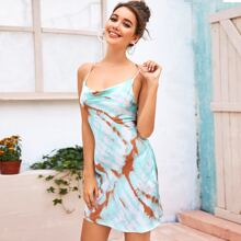 Rueckenfreies Slip Kleid mit Kreuzgurt, drapiertem Detail und Batik