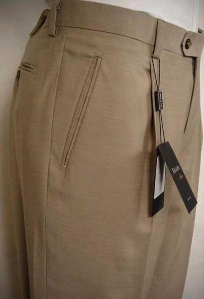 Mens Luxe Beige Single Pleat Wool Italian Solid Flat Front Dress Pant