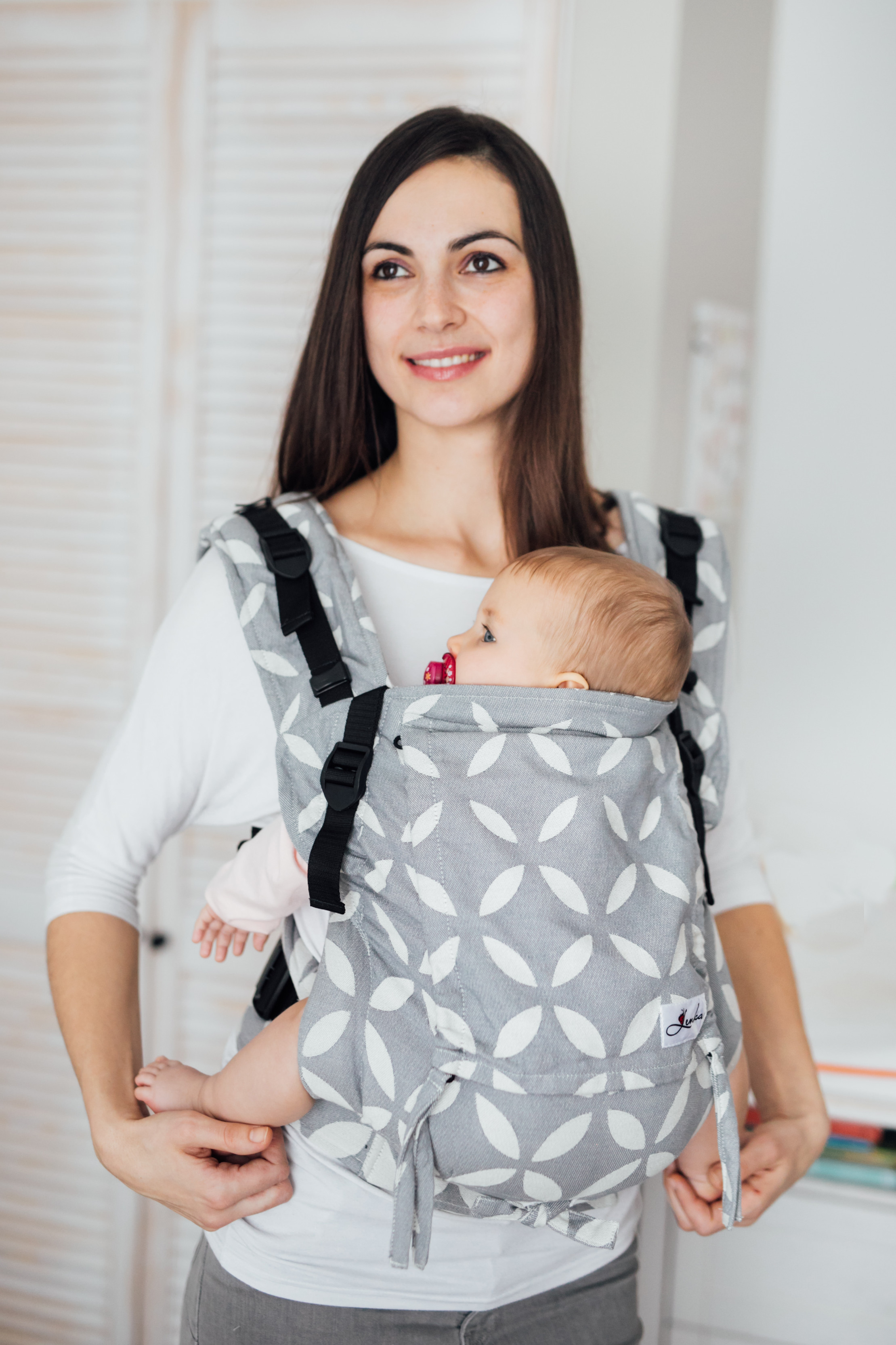 Baby carrier - Be Lenka 4ever Classic - Grey wide with the possibility of crossing