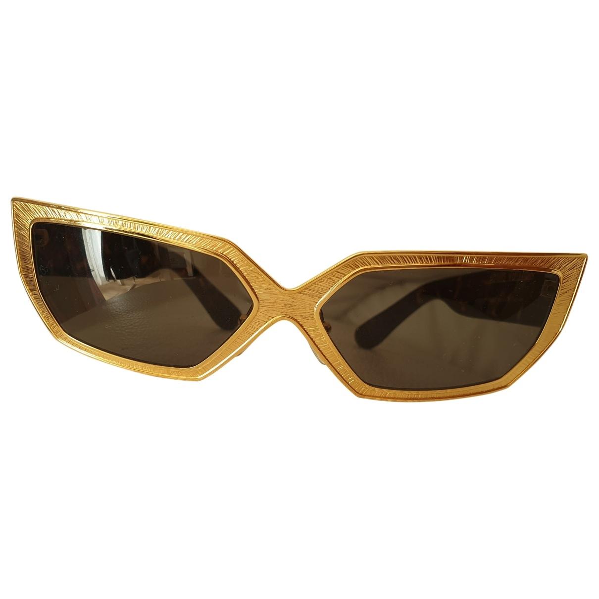 Louis Vuitton \N Sonnenbrillen in  Gold Kunststoff