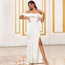 DKRX Satin schulterfreies Kleid mit Schlitz und Raffung