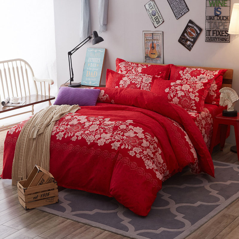 Elegant Red Floral Pattern Colorfast Duvet Cover Set 4-Piece Reactive Printing Polyester Zipper Bedding Sets