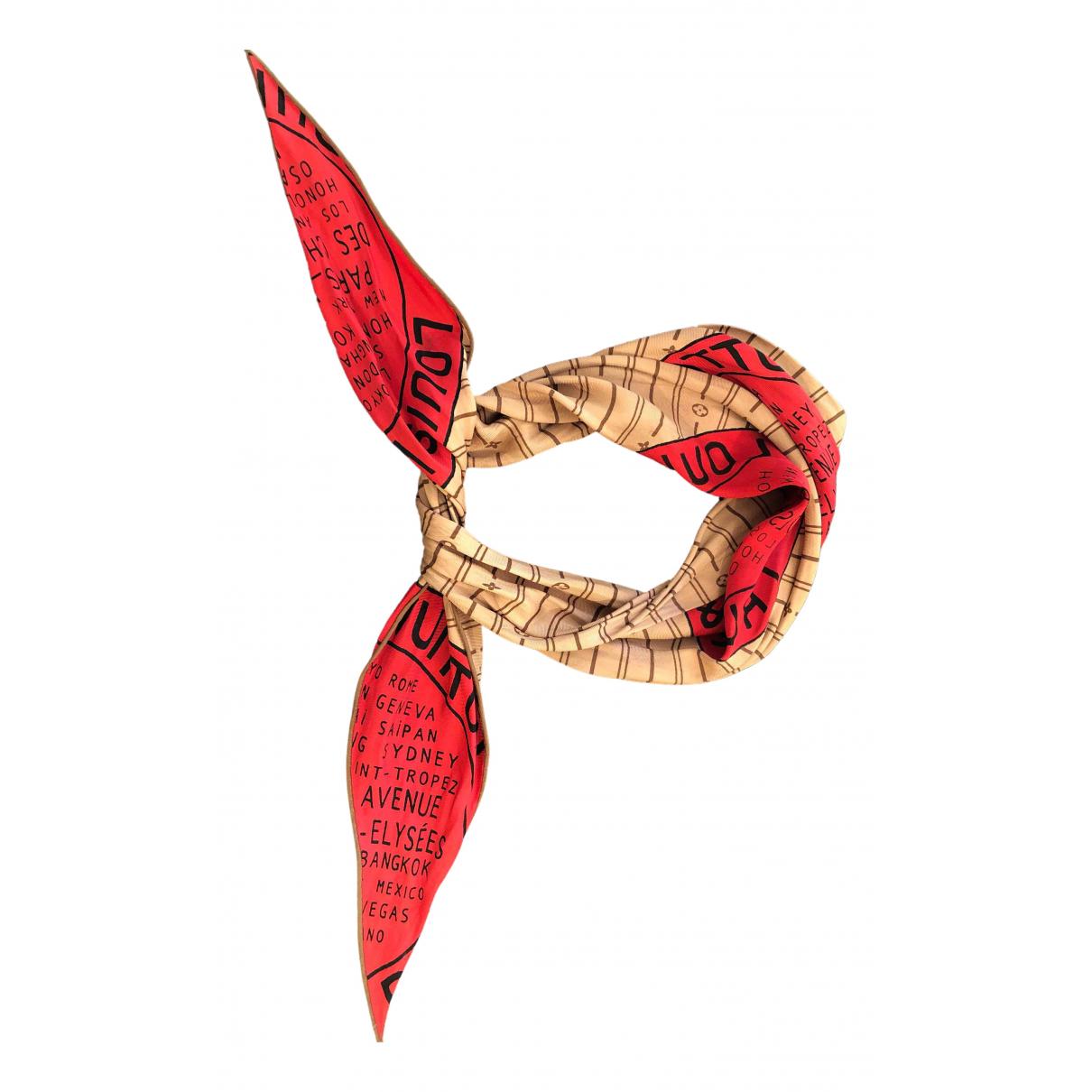 Louis Vuitton \N Schal in  Kamel Seide