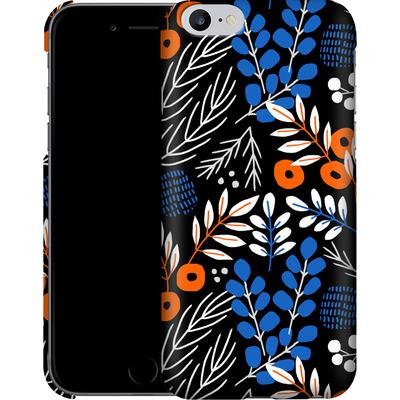 Apple iPhone 6s Plus Smartphone Huelle - Forest Floor von Jenna Kunnas