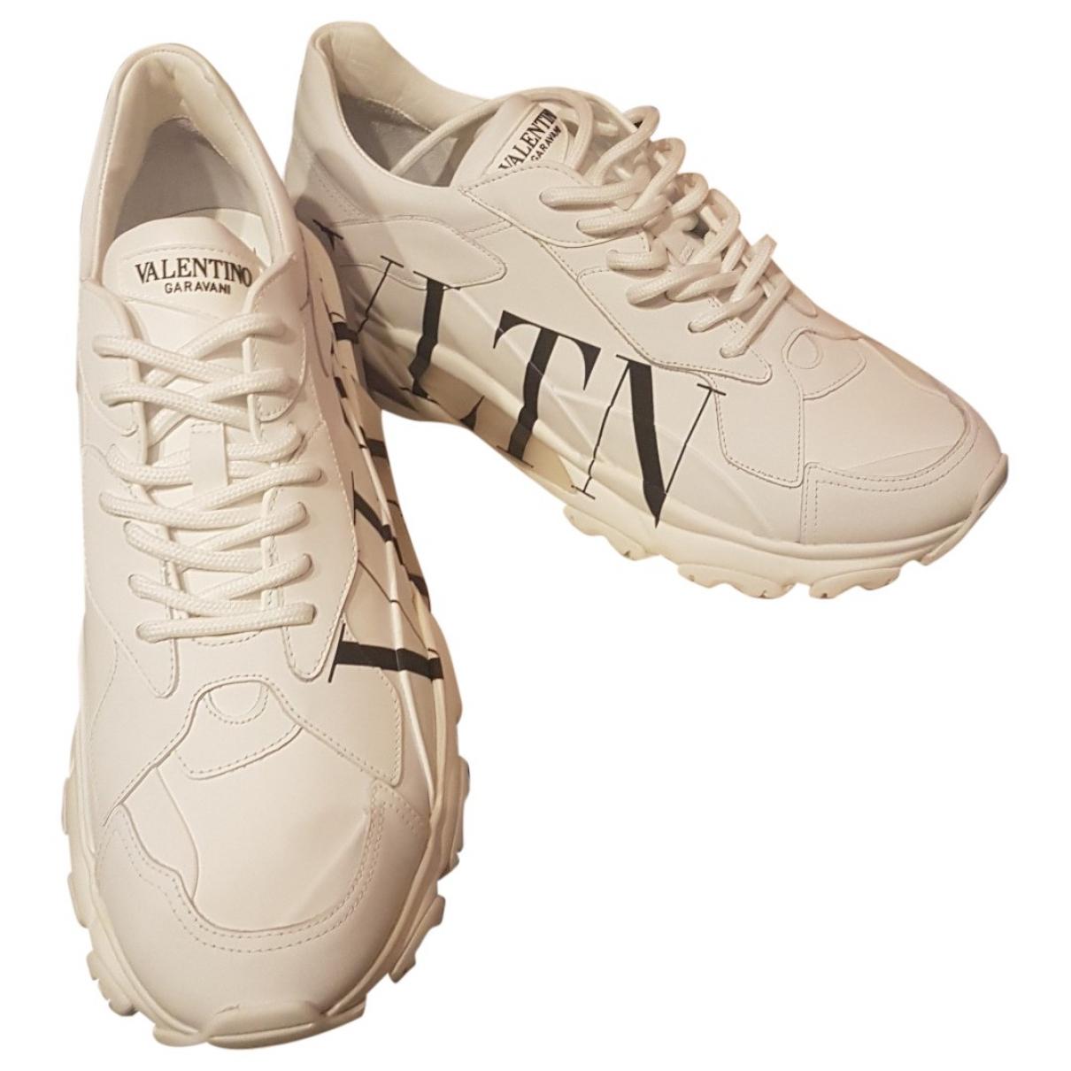 Valentino Garavani \N White Leather Trainers for Men 43 EU