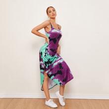 Slip Kleid mit Schlitz, gebogenem Saum und Batik