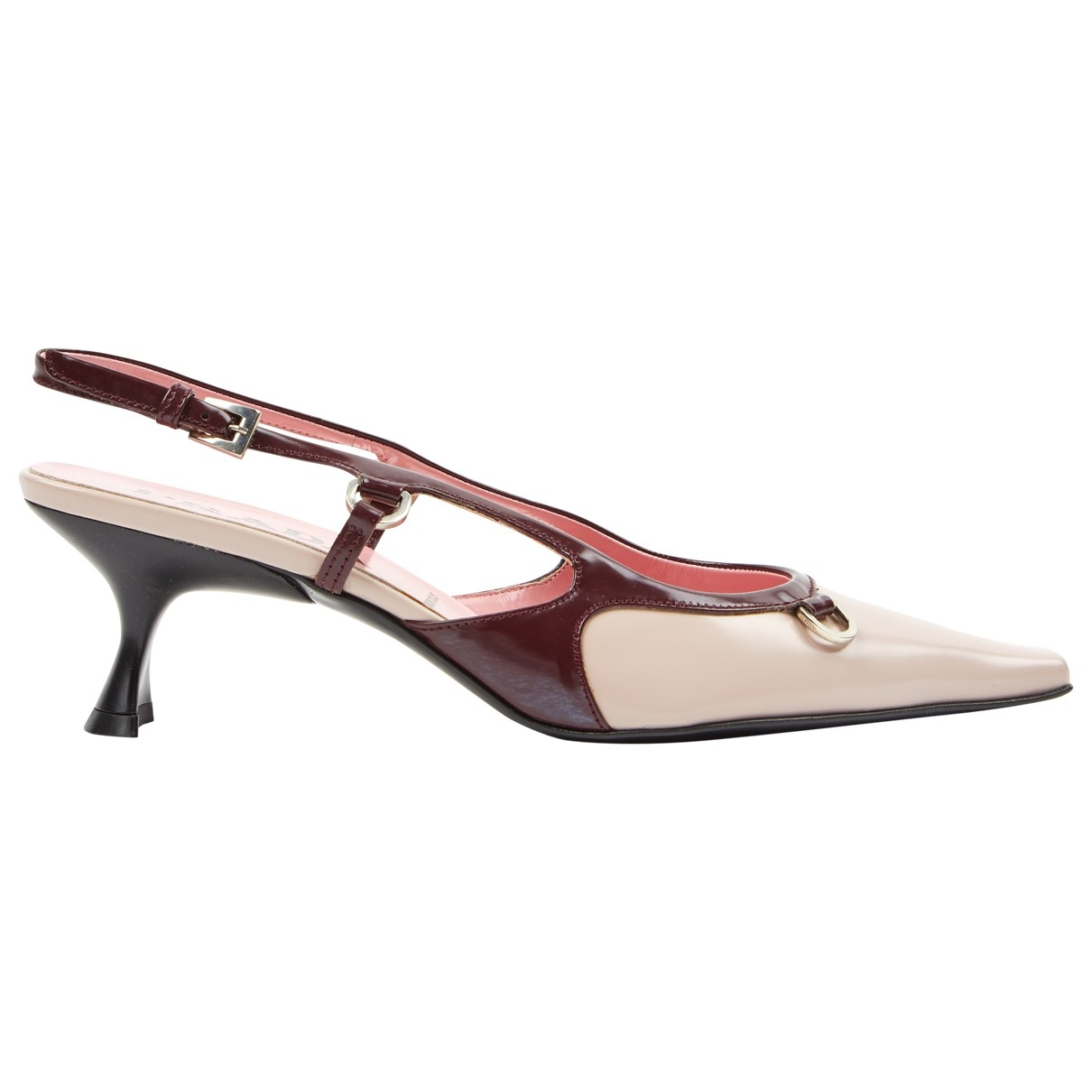 Sandalias romanas de Cuero Prada