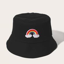 Fischerhut mit Regenbogen Stickereien