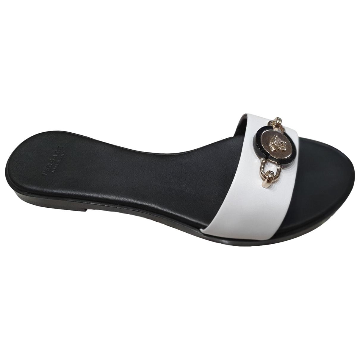 Versace - Sandales   pour femme en cuir - blanc