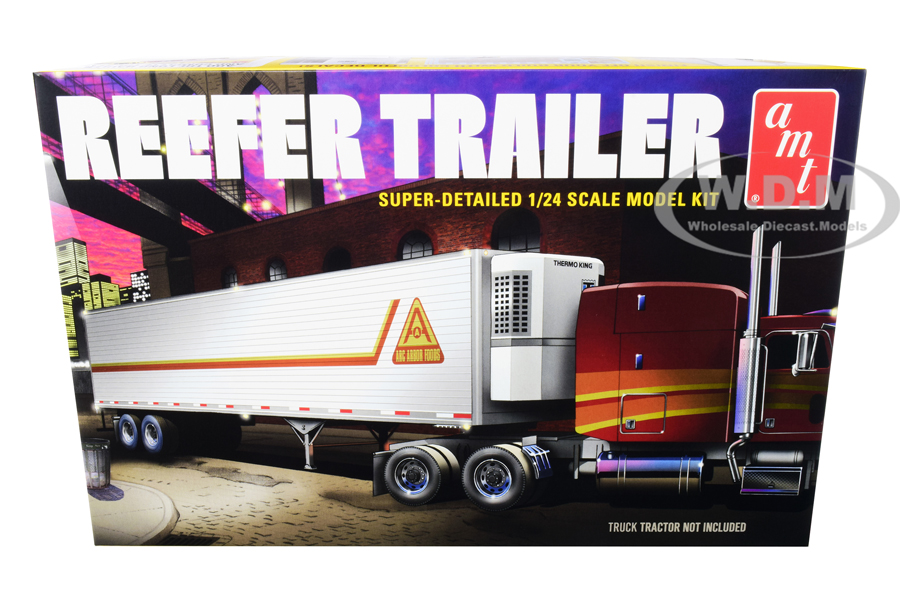 Skill 3 Model Kit Reefer Trailer 1/24 Scale Model by AMT