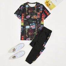 T-Shirt mit chinesischen Schriften Muster & Jogginghose mit Kordelzug