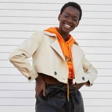 Zweireihige Crop Jacke mit eingekerbtem Kragen