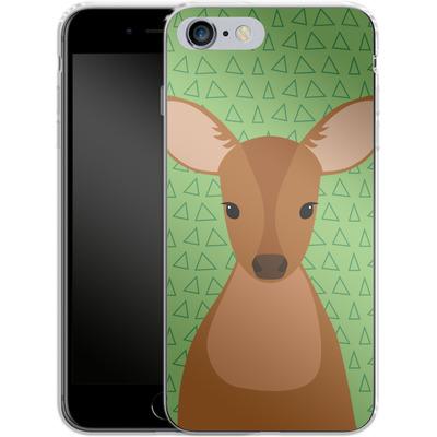 Apple iPhone 6 Plus Silikon Handyhuelle - Deer on Green von caseable Designs